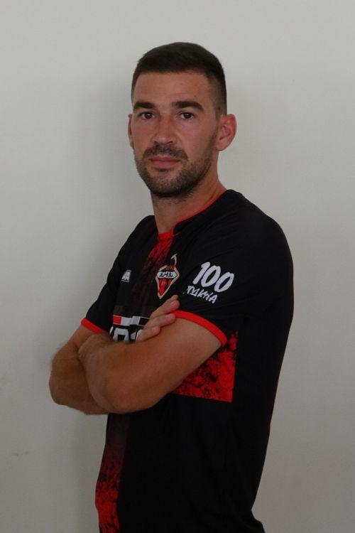 Miloš<br>Adamović